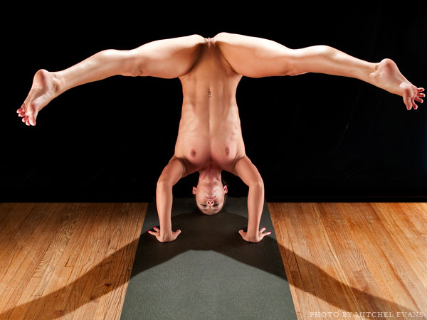 эротика и йога