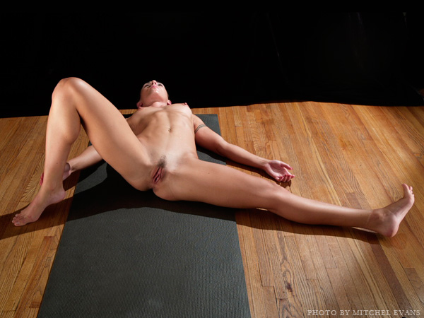 Erotic Nude Yoga Eercise Full Pict P